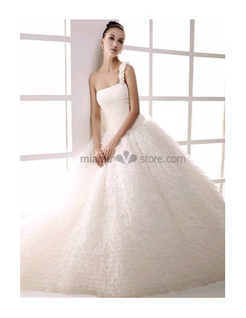 PETRA - Ball gown A-line Floor length Tulle One shoulder Wedding dress