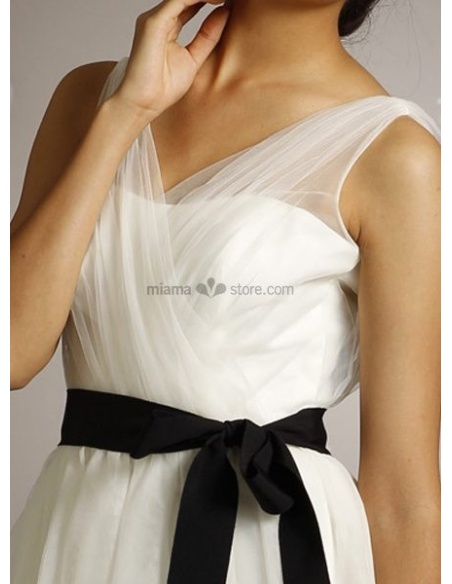 KAROLINA - Short V-neck Cheap A-line Knee length Chiffon Wedding dress