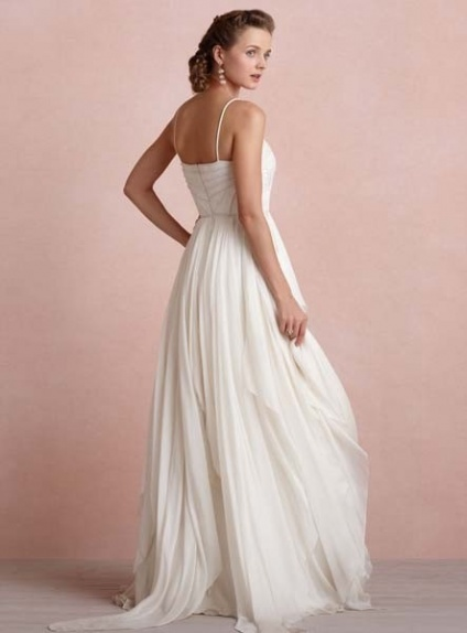 2840b99d9ed9 LAIA - Empire waist Spaghetti straps Court train Chiffon V-neck Wedding  dress