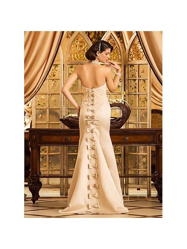 robe de mari e style sir ne en satin champagne bustier droit tra ne. Black Bedroom Furniture Sets. Home Design Ideas