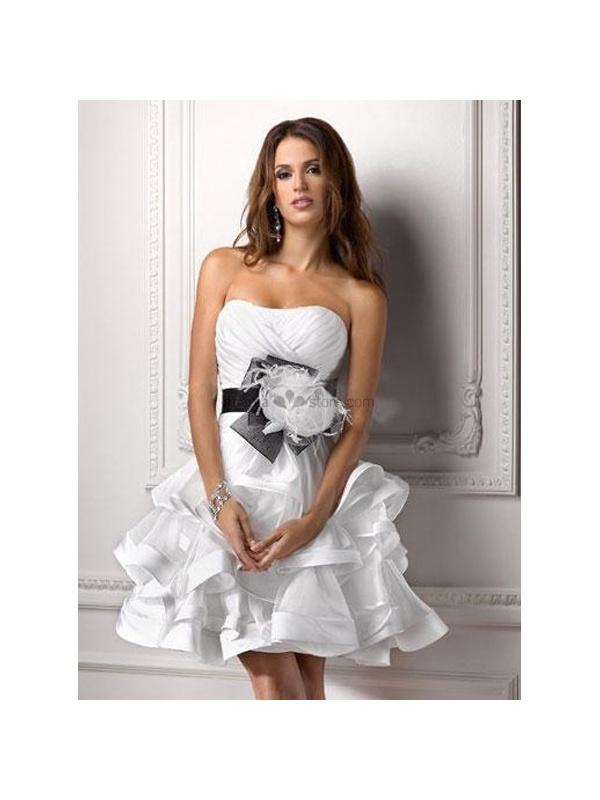 24e85c8df500 FRIEDA - Short Strapless Cheap Tulle Wedding dress. Next