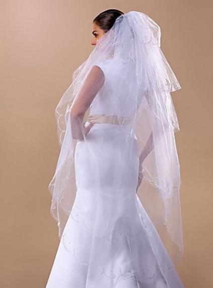 Six layers Fingertip Wedding veil