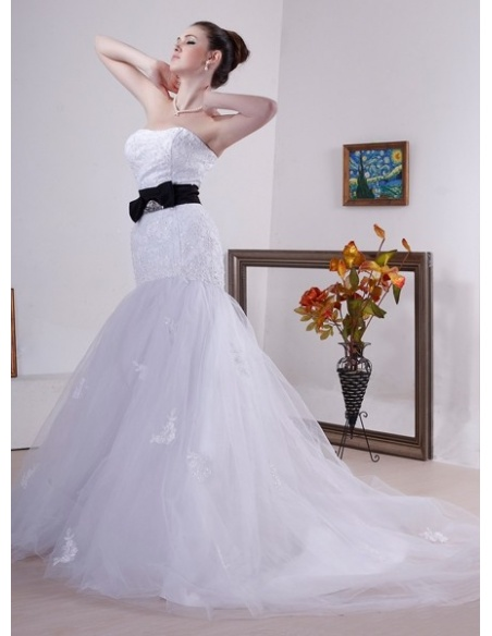 ANNIE - Mermaid Sweetheart Chapel train Tulle Wedding dress