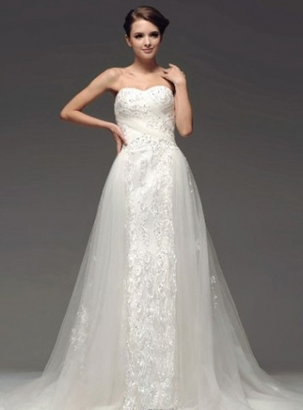 JULIANA - A-line Sweetheart Chapel train Tulle Wedding dress