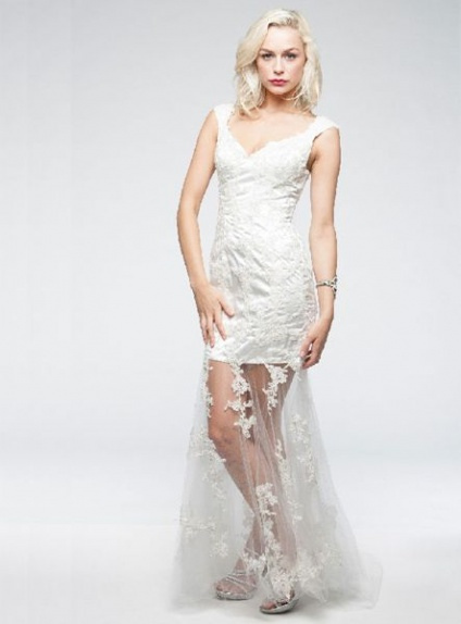 Sheath Chapel train Tulle V-neck Wedding dress