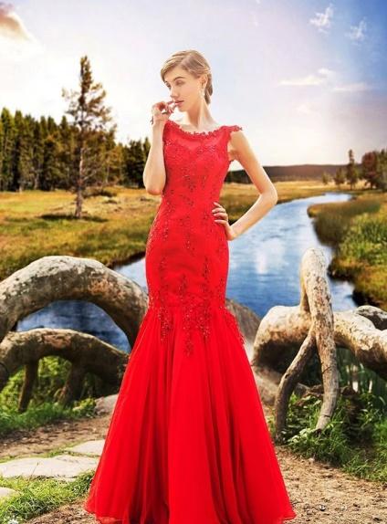 Abito da Sposa colorato a sirena in pizzo rosso disponibile in altri colori