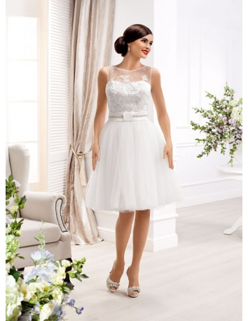A-line Short Knee length Tulle Lace Low round/Scooped neck Wedding dress