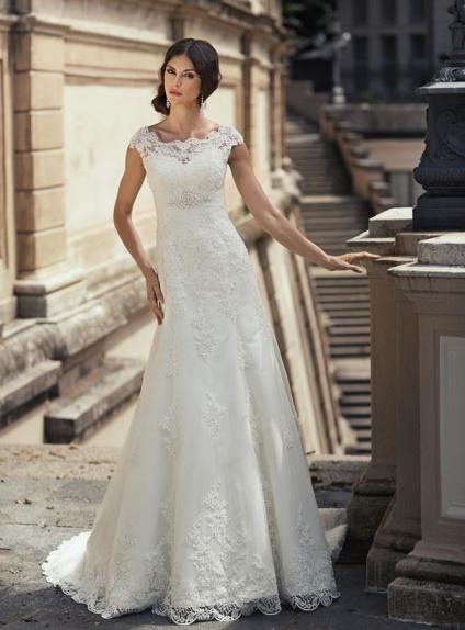 aa010405af42 Vestito da Sposa elegante economico online di Tulle e Pizzo con scollo  rotondo