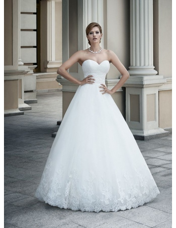 A-line Sweetheart Floor length Organza Wedding dress
