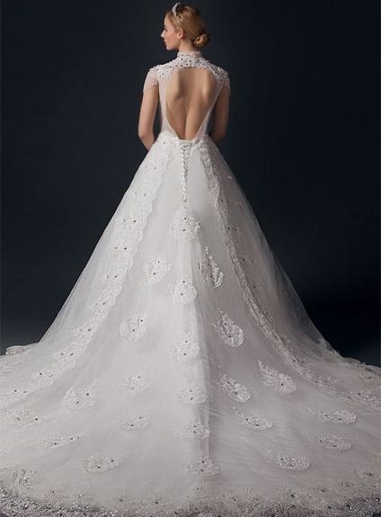 Vestiti Da Sposa Schiena Scoperta.Abito Da Sposa Online A Collo Alto Con Applicazioni Di Pizzo E