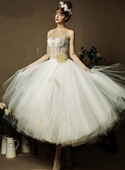 A-line Sweetheart Asymmetrical Tulle Lace Wedding dress