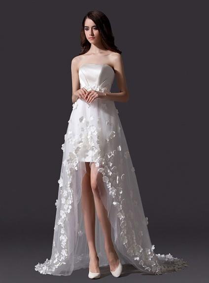 shop new arrivals promo codes Mini robe de mariée asymétrique longue traine décorée de fleurs appliquées