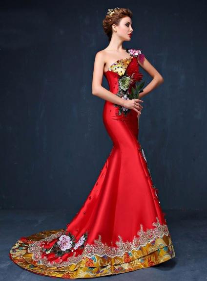 Abito da Sera a monospalla rosso o azzurro con applicazioni di perline e ricami floreali