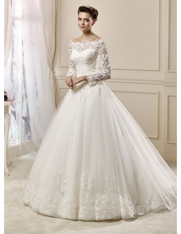 A-line Off the shoulder Chapel train Tulle Wedding dress