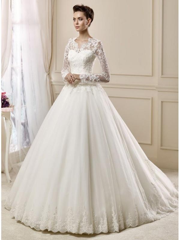 Vestiti Eleganti Con Maniche Lunghe.Abito Da Sposa Elegante Con Maniche Lunghe In Pizzo Delicato