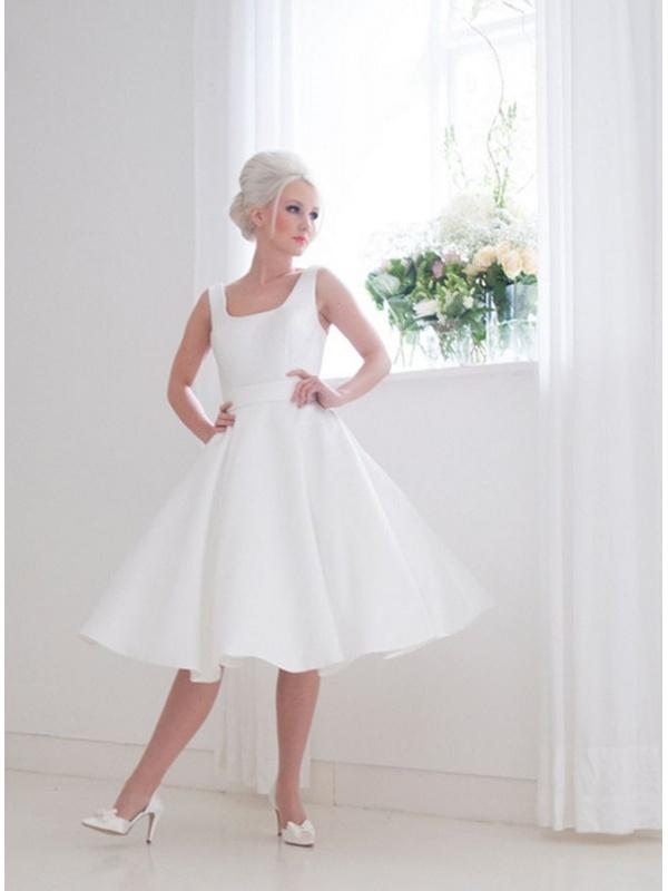buy online f5edf 89213 Abiti da sposa corti a prezzi eccezionali. Spedizione Gratuita