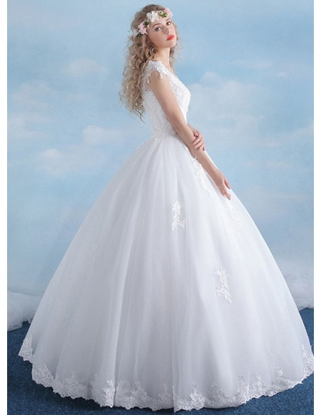 A-line Ball gown Floor length Tulle Lace Low round/Scooped neck Wedding dress