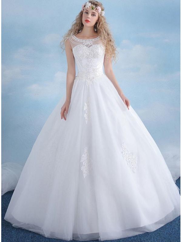 robe de mari e coupe trap ze jupe ample en tulle brod On robes de mariée j équipage en vente