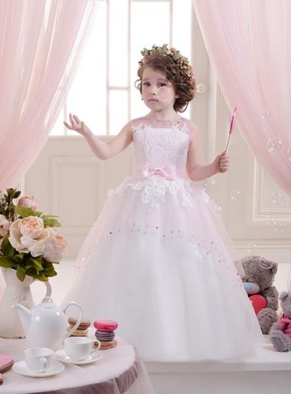 Vestito da Comunione principesco con Tulle rosa e brillantini