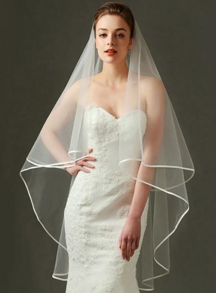 Velo da Sposa lunghezza media con bordino in raso