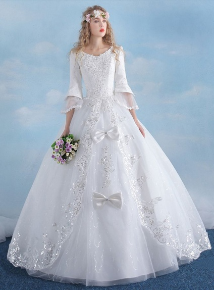 A-line Ball gown Floor length Tulle Lace V-neck Wedding dress