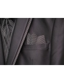 Vestito da Sposo Semplice di qualità con piccola trama decorativa disponibile in blu e nero