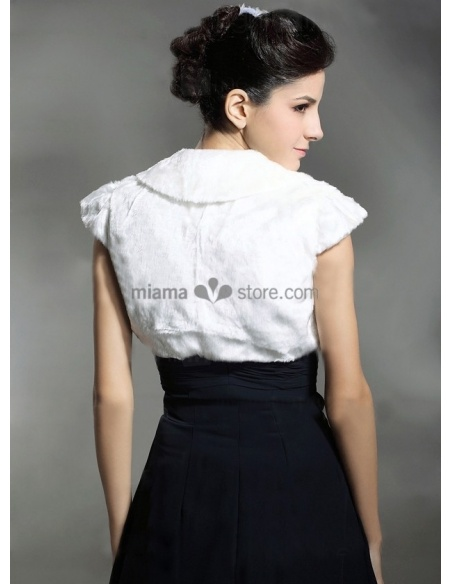 Short sleeves Short faux fur Bridal jacket Wedding wrap