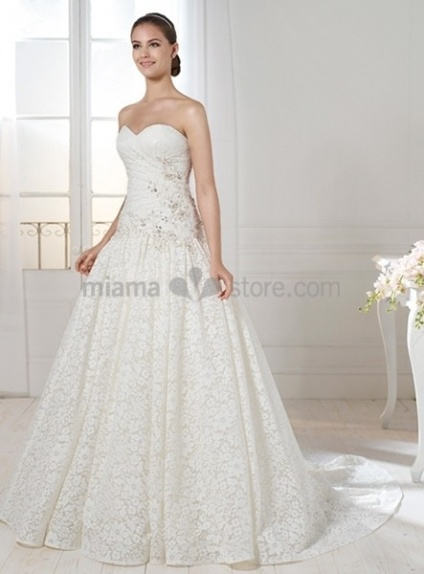 EMILY - A-line Sweetheart Chapel train Lace Wedding dress