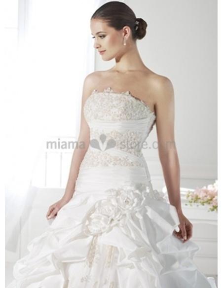 SARAH - A-line Strapless Chapel train Taffeta Wedding dress