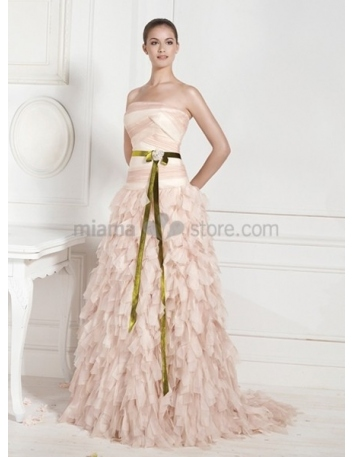 KATHARINE - A-line Strapless Chapel train Chiffon Wedding dress