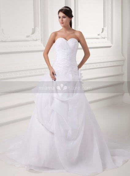 SILVIA - A-line Sweetheart Chapel train Organza Weeding dress