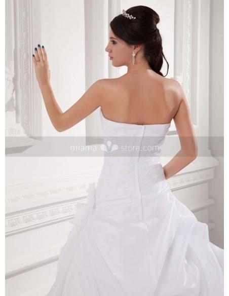 SILVIA - A-line Sweetheart Chapel train Organza Weeding dress