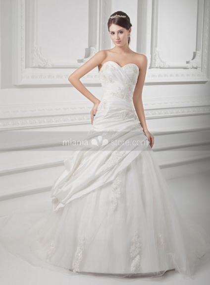 SARAH - A-line Sweetheart Chapel train Taffeta Weeding dress