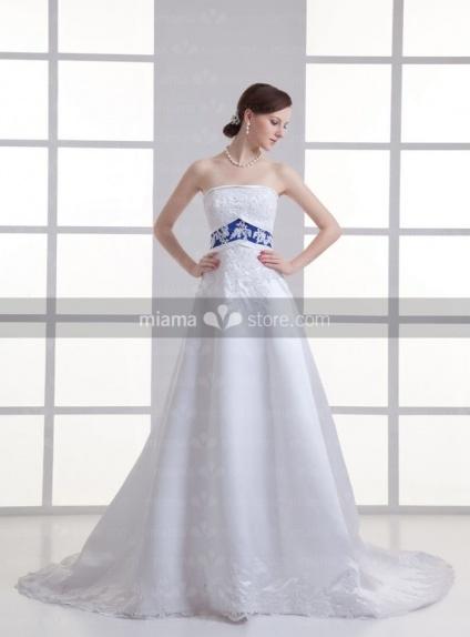 ASTRID - A-line Strapless Empire waist Chapel train Weeding dress
