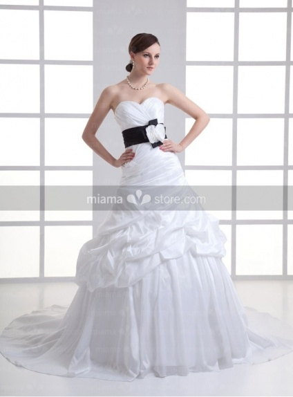 BELLE - A-line Sweetheart Empire waist Chapel train Taffeta Weeding dress